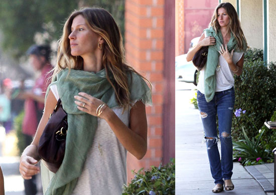 celebrities and pashminas : gisele bundchen