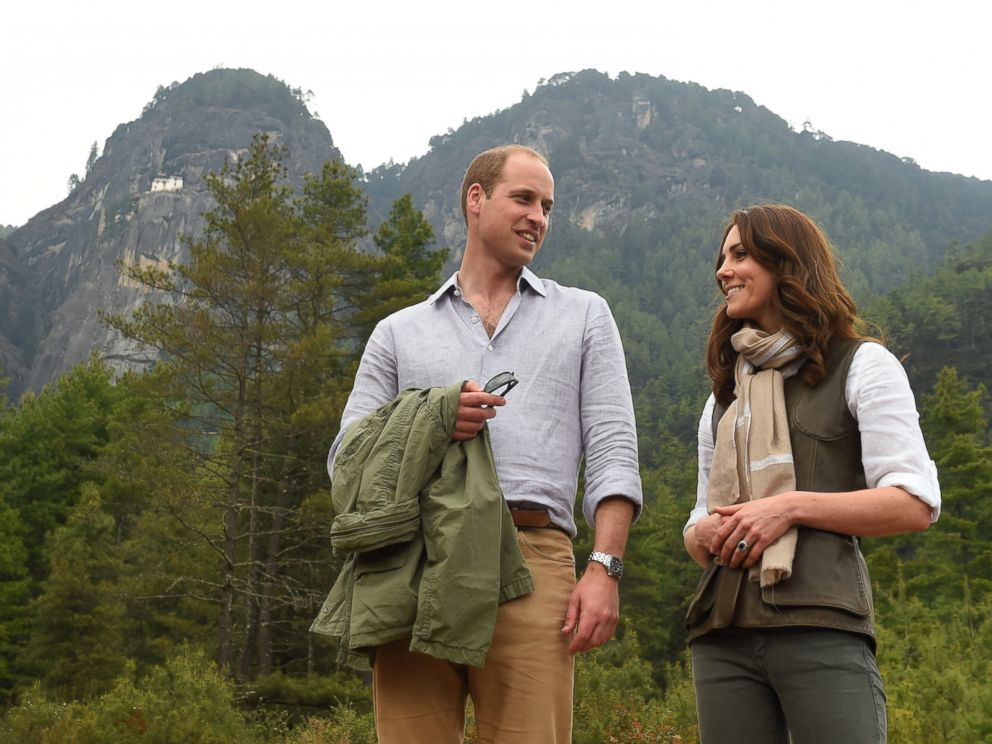 Kate et William pashmina brodé