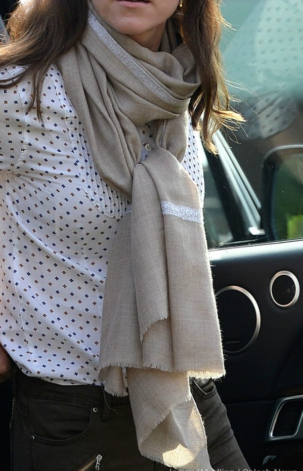 Kate middleton pashmina brodé