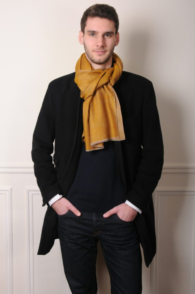 men pashminas for a dandy look