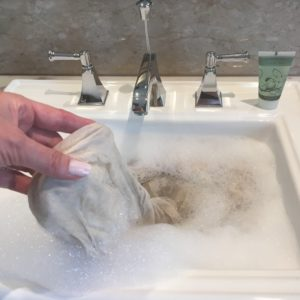 How to wash your cashmere pashmina by hand