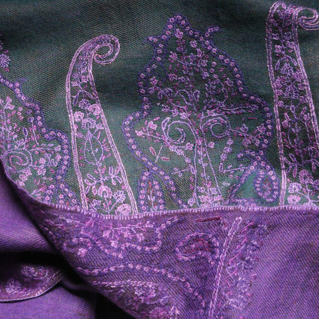 MOIRA VERT embroidered pashmina stole